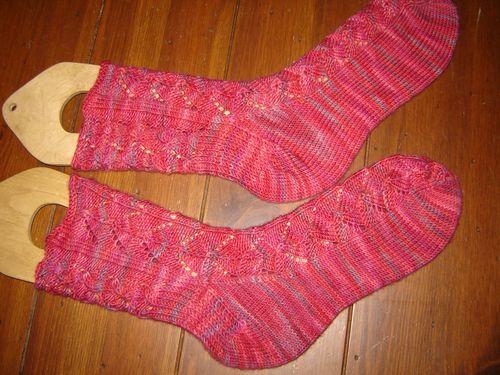 Knittingandtrolly 002